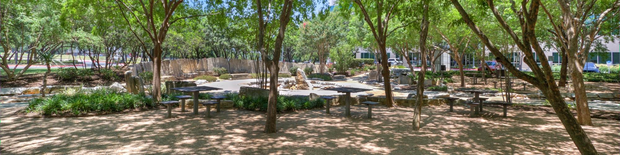 Braker Pointe Outdoor Area