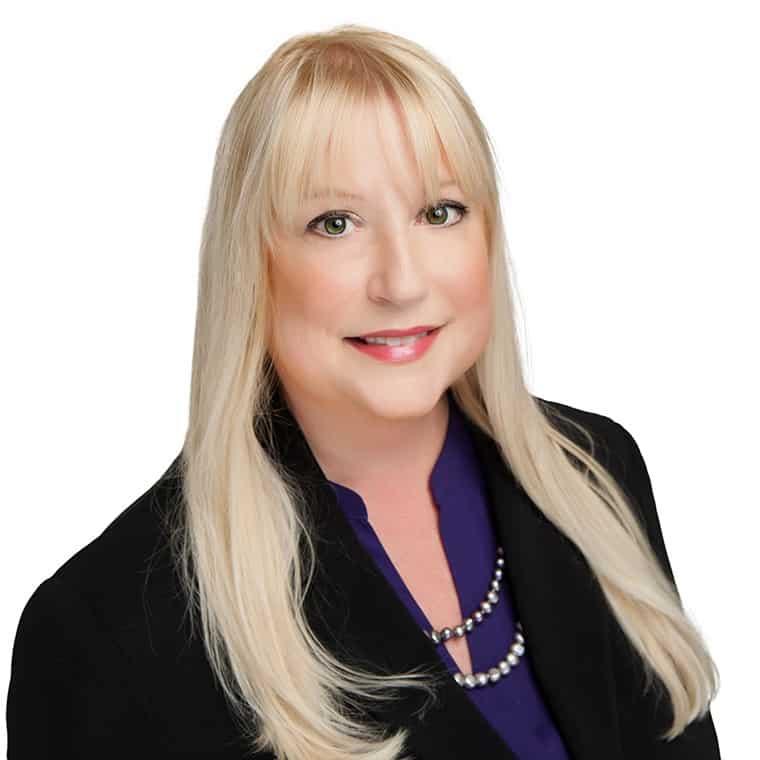 Amy Hurst | Senior Property Manager | AQUILA Commercial