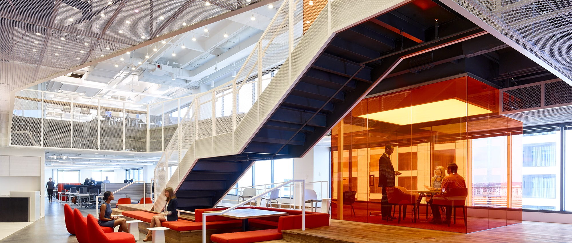 Gerson Lehrman Group's Contemporary Office Space in Austin, Texas
