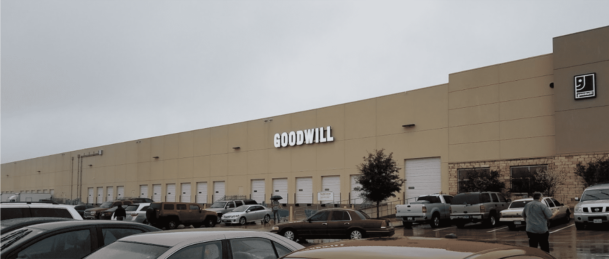 Goodwill North Austin Outlet Exterior