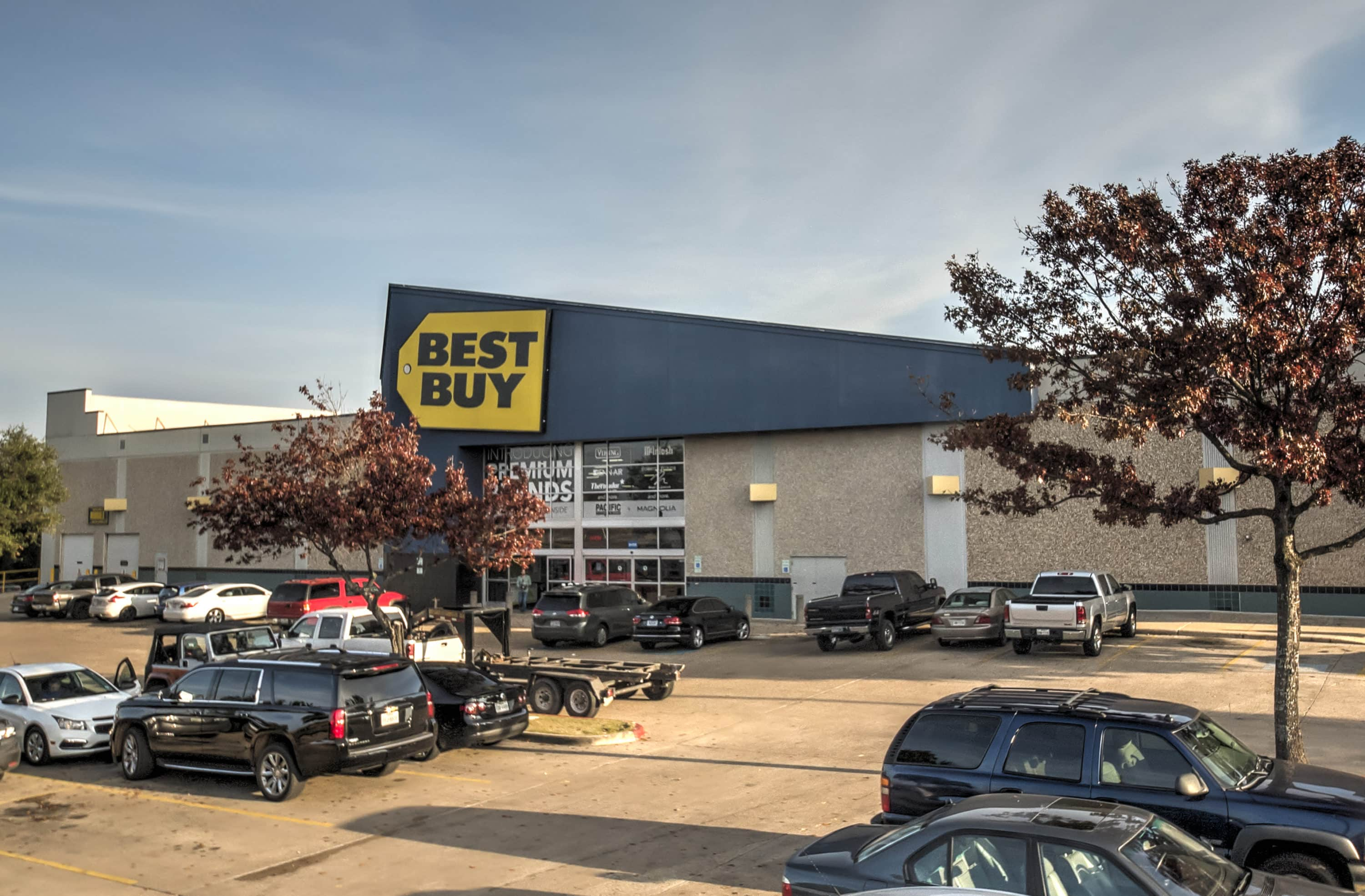 Best Buy at South Towne Square in Austin, Texas | Sunset Valley, Texas