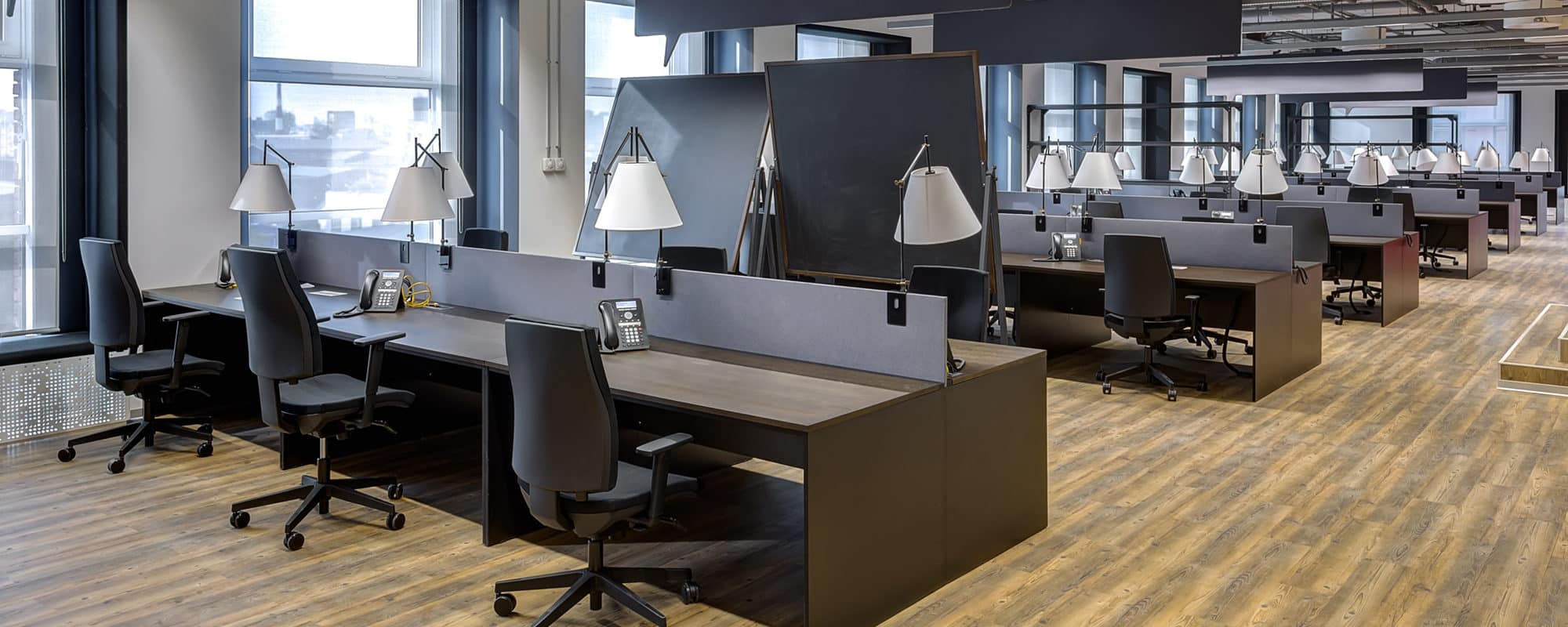 5 Reasons To Consider Renting Versus Buying Office Furniture