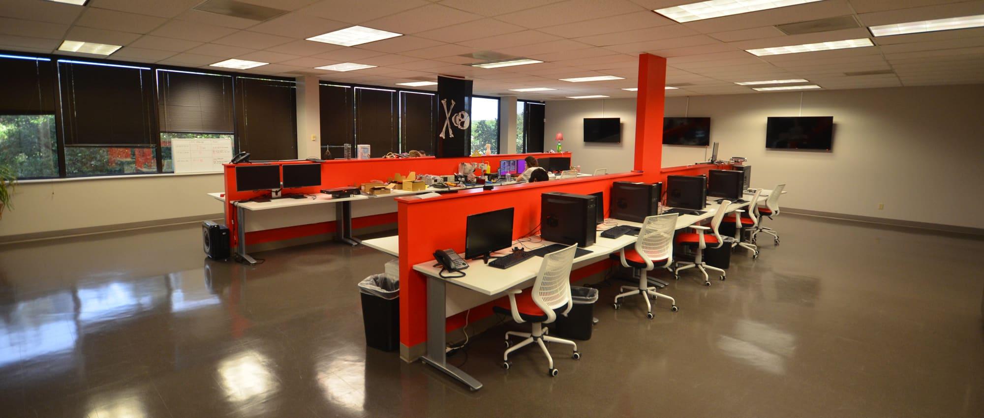 Sublease: Austin Oaks Travis Building Office Space | 3520 Executive Center Drive in Austin, Texas