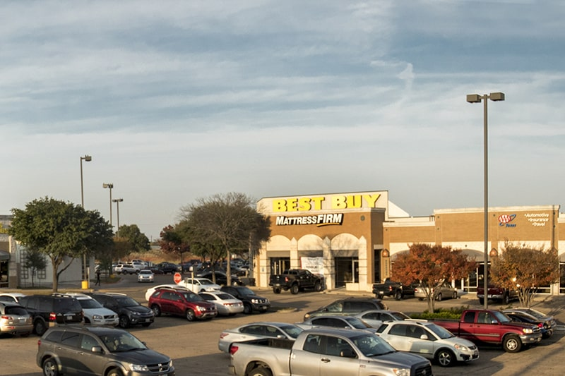 Parking lots and lights are a part of Retail CAM | South Towne Center in Austin, Texas