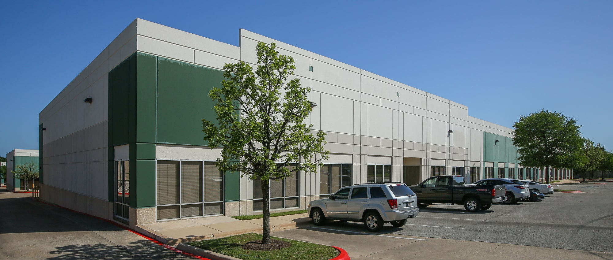 Park 96 | Industrial Space for Lease at 9601 Dessau Road