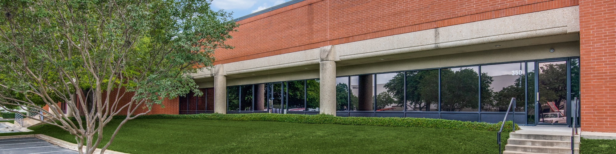 Southeast Commercial | 4120 Commercial Center Drive