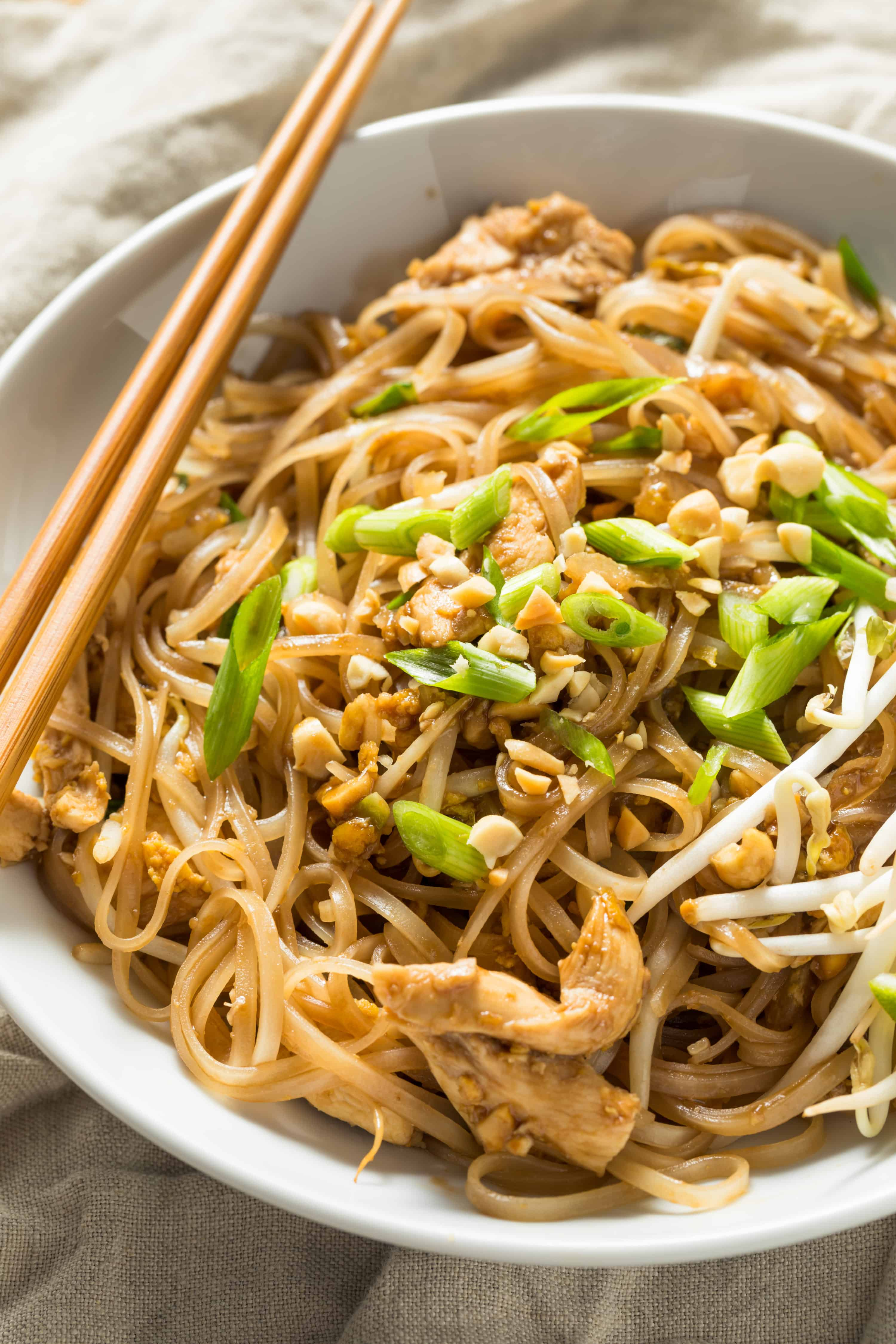 Homemade Chicken Pad Thai | recipes for social distancing