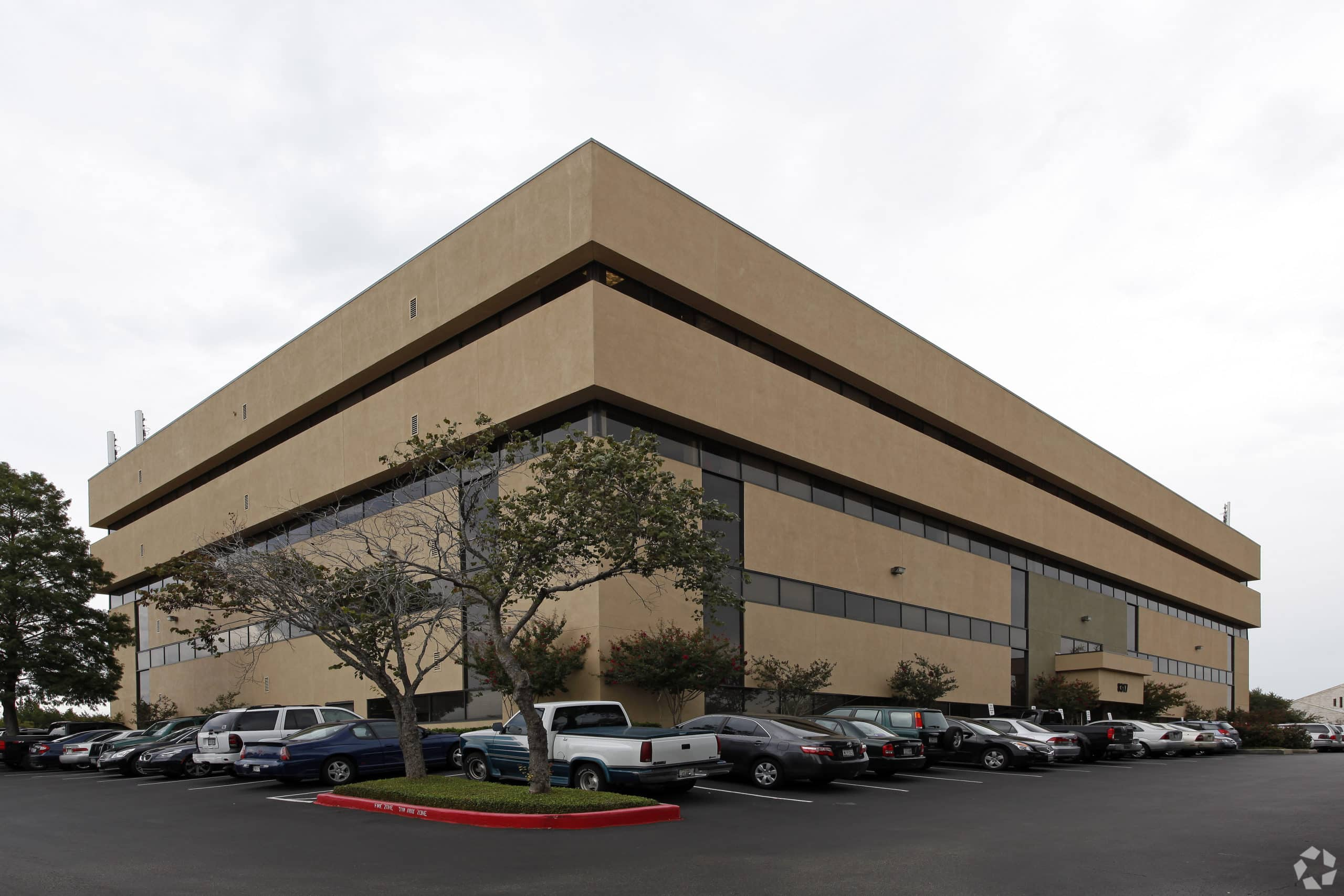 Cross Park Center | Office Building Sales 2020 Austin